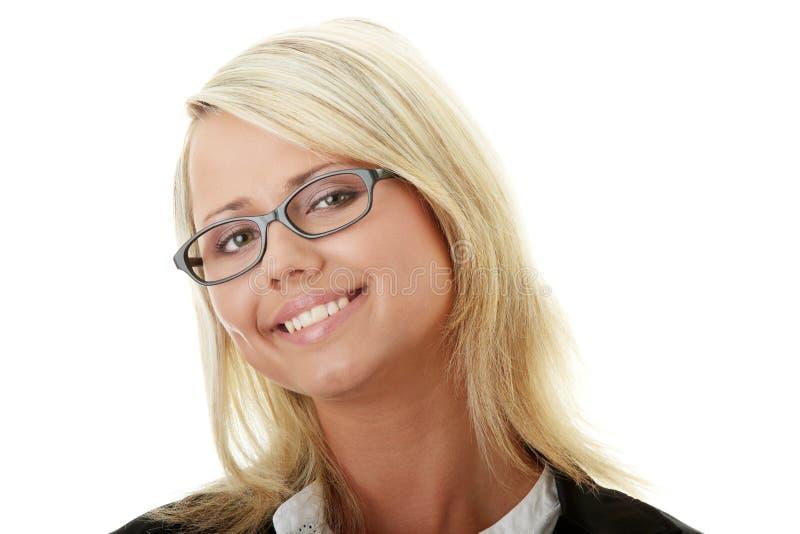 De blonde met geïsoleerdea glimlach stock afbeelding