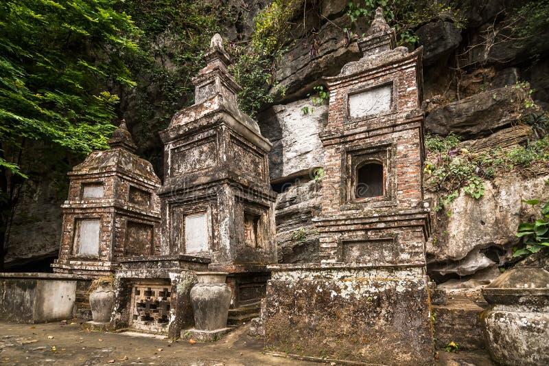 De boeddhistische pagode van Bich Dong Ninh Binh, Vietnam royalty-vrije stock fotografie
