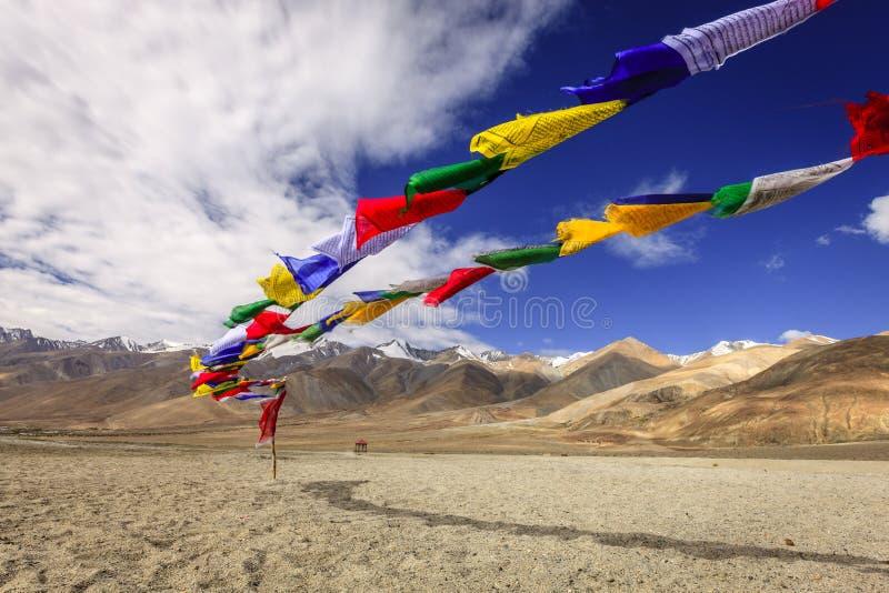 De boeddhistische Vlaggen van het Gebed stock afbeelding