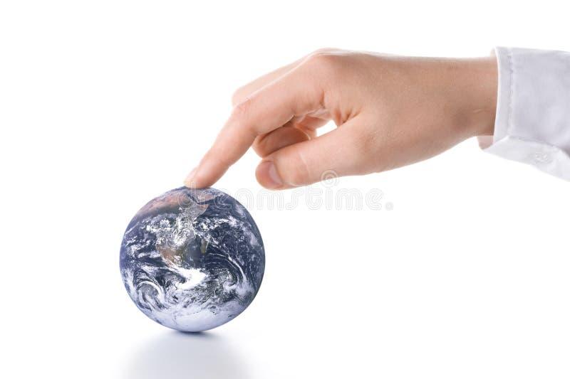De bol in handen