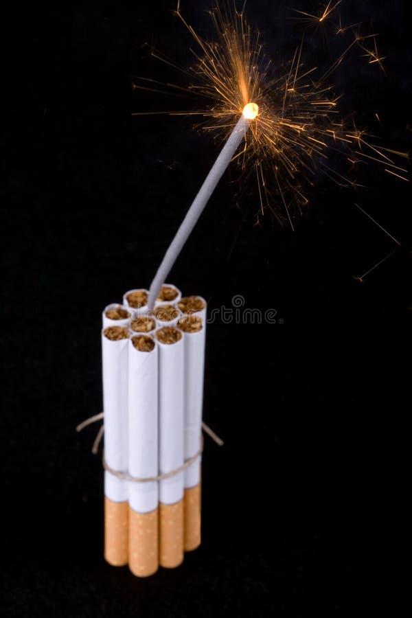 De bom van de sigaret royalty-vrije stock foto's