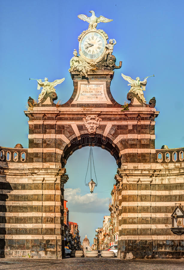 De boog Giuseppe Garibaldi, Catanië, Sicilië stock afbeelding