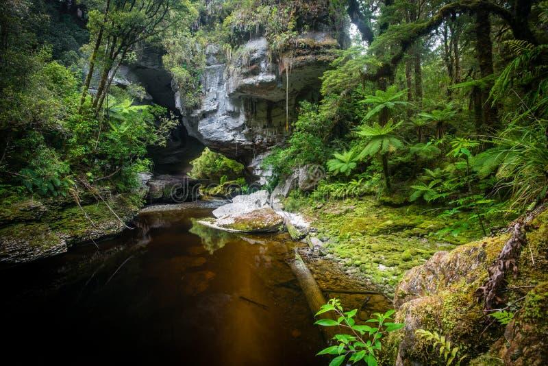 De Boog van de honingraatheuvel, Nieuw Zeeland stock fotografie