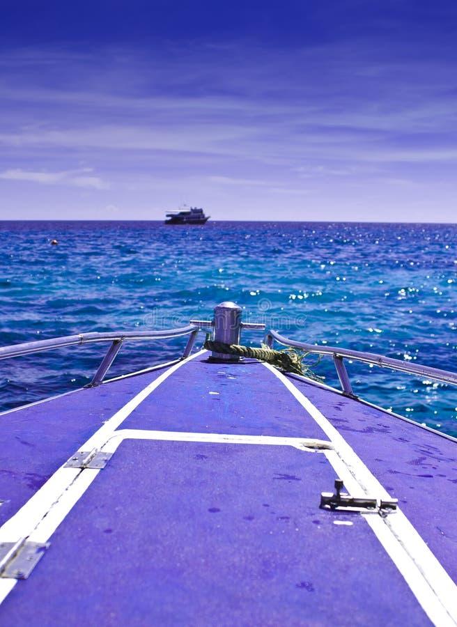 De boog van een boot stock afbeelding