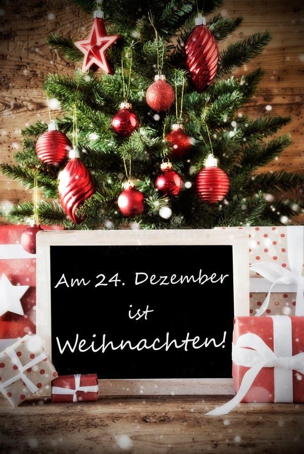 De boom met Weihnachten betekent Kerstmis royalty-vrije stock fotografie