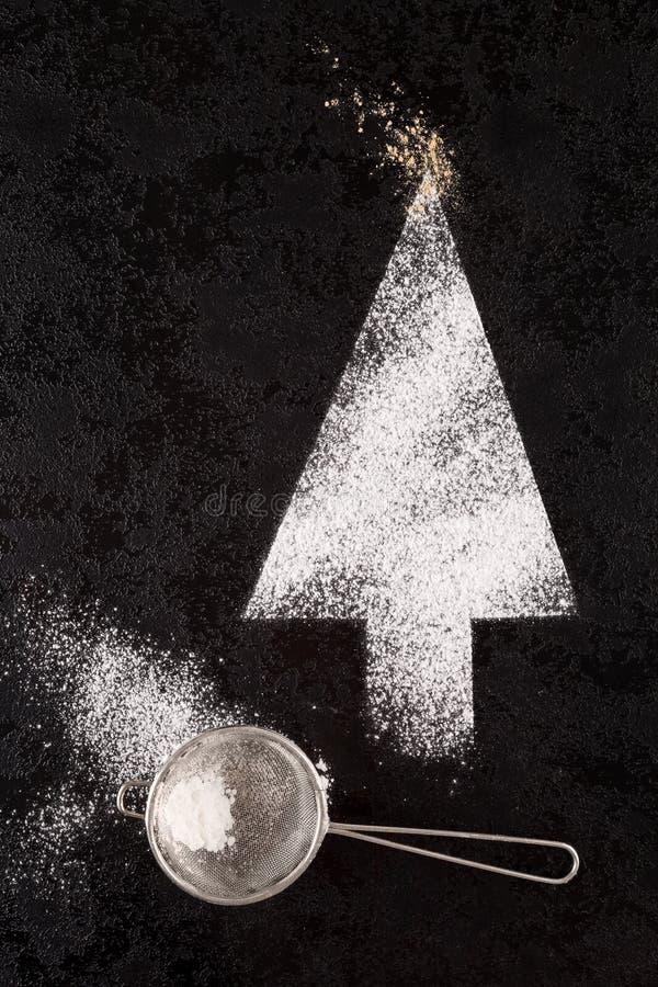 De boom van suikerkerstmis met zeefje stock afbeeldingen