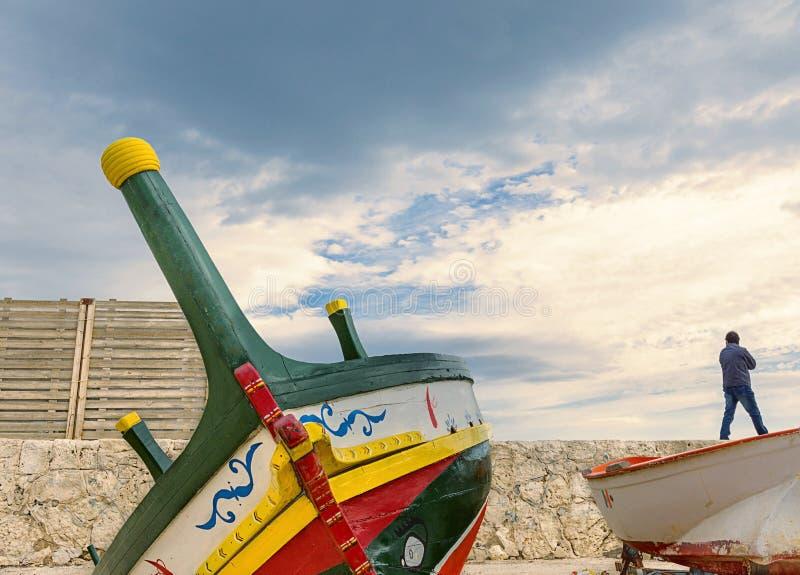 De boot en de waarnemer stock foto