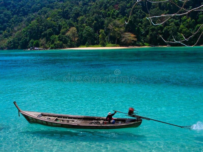 De Boot van de lang-staart bij Surin Eiland, Thailand royalty-vrije stock afbeelding