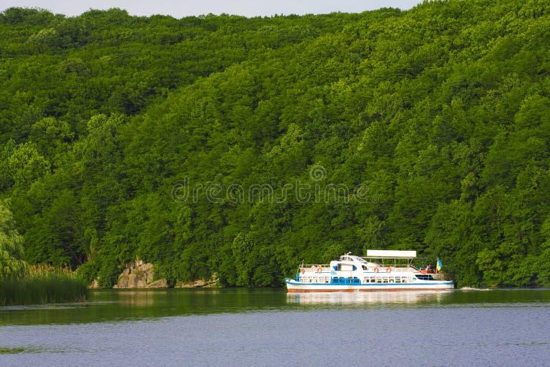 De boot van de rivier stock fotografie