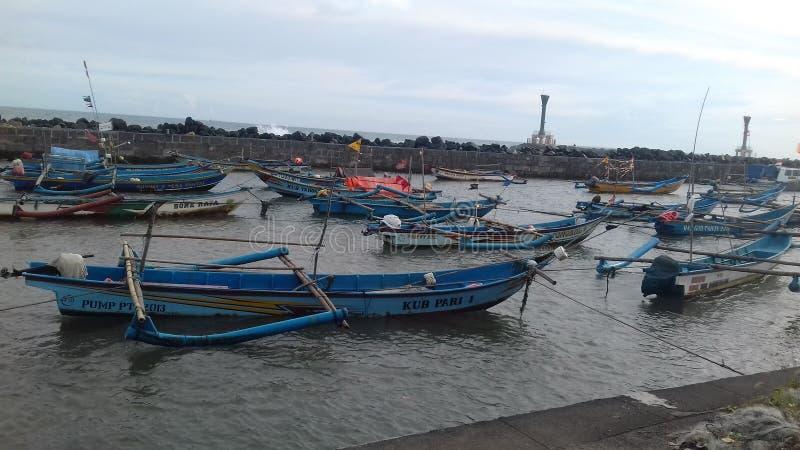 De boten van het parkeren stock foto