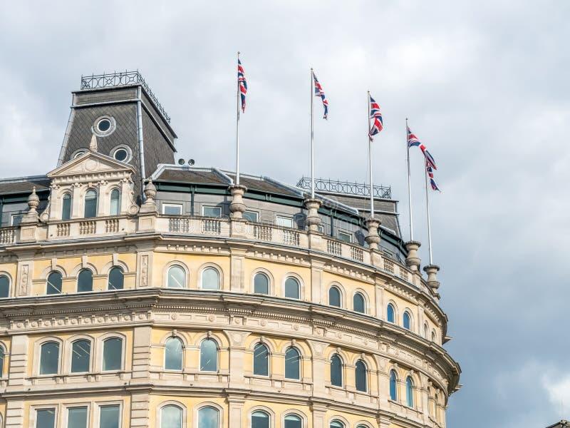 De bouw rond Trafalgar-vierkant in Londen royalty-vrije stock fotografie