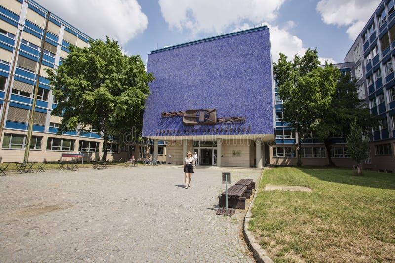 De bouw van CVUT, Faculteit van Elektrotechniek stock afbeelding