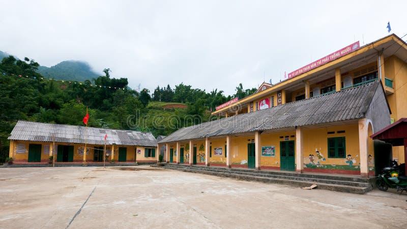 De bouw van de school in Sapa Vallei, Vietnam royalty-vrije stock foto's