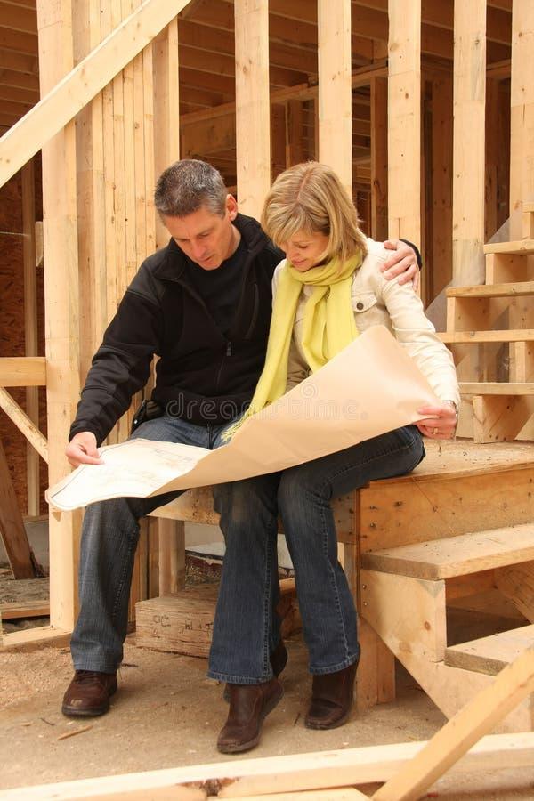 De bouw van een nieuw huis stock fotografie