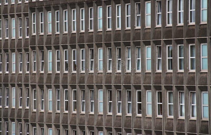 De bouw van het bureau vensters royalty-vrije stock afbeeldingen