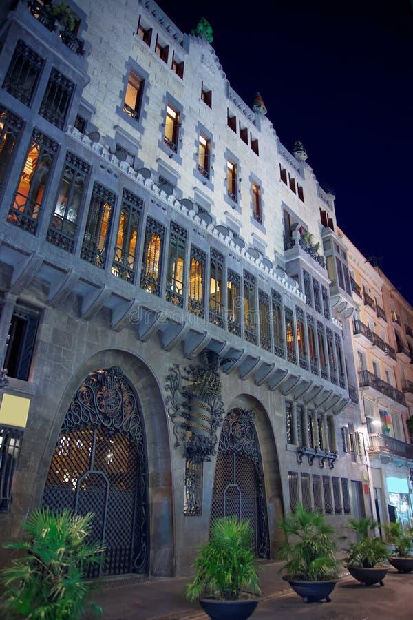 De bouw van het Guellpaleis in Barcelona in Spanje royalty-vrije stock foto