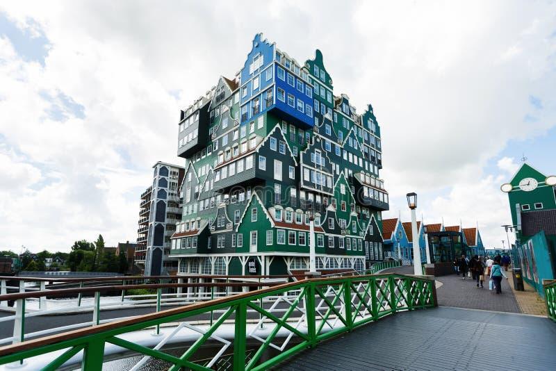 De bouw van Inntel-hotel in Zaandam, Nederland royalty-vrije stock fotografie