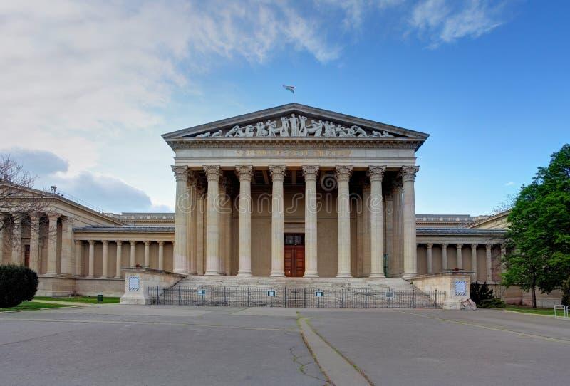 De bouw van Musem van Fijne Kunst, Boedapest royalty-vrije stock afbeeldingen