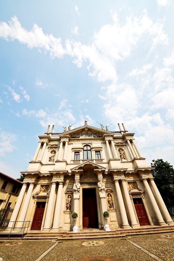 de bouw van oude architectuur in Italië Europa en royalty-vrije stock foto