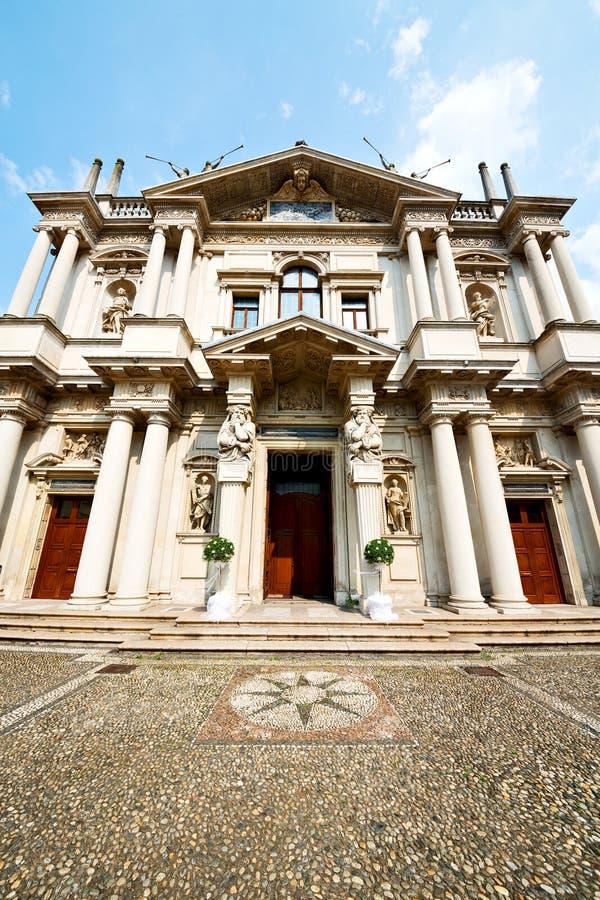 de bouwarchitectuur in de godsdienst van Italië Europa Milaan sunl royalty-vrije stock afbeeldingen