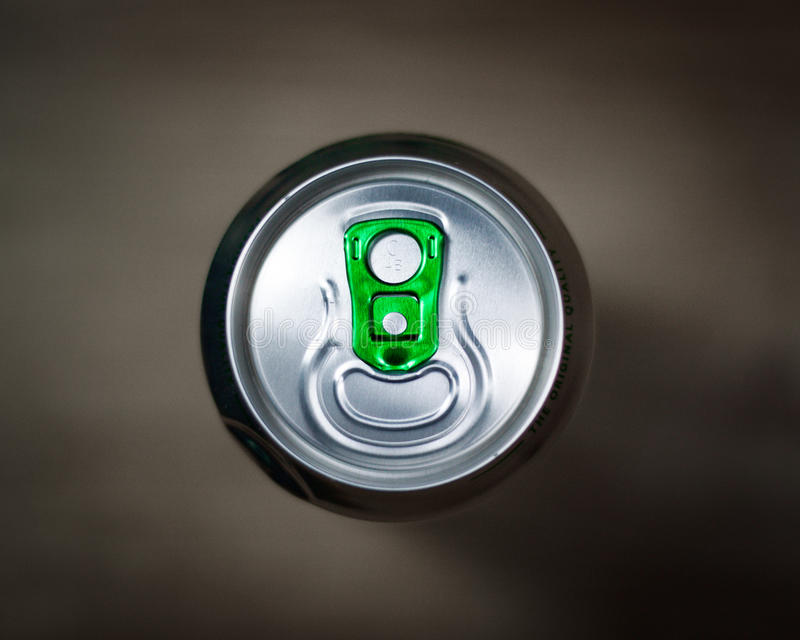 De bovenkant van een bier kan stock foto's