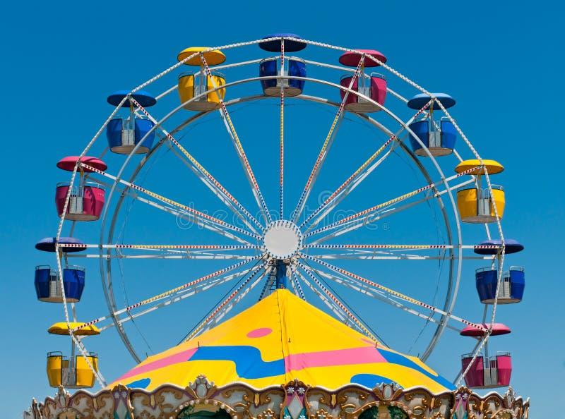 De Bovenkant van het reuzenrad & van de Carrousel stock afbeeldingen