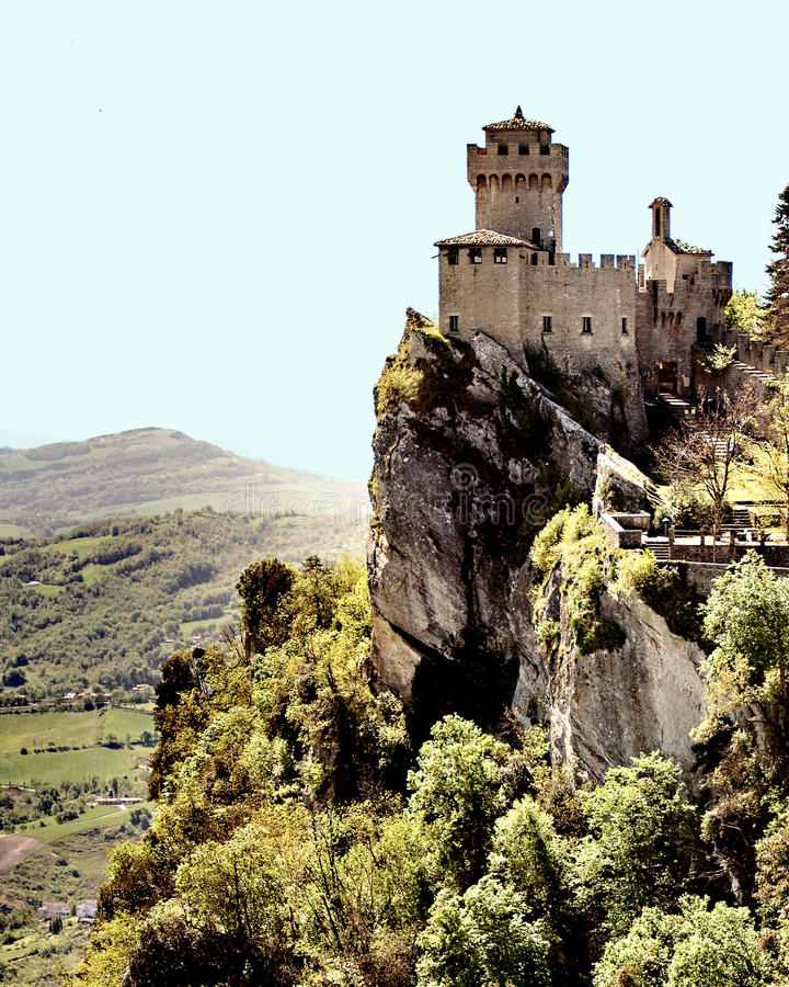 De bovenkant van San Marino Mountain ziet uit eruit stock afbeeldingen