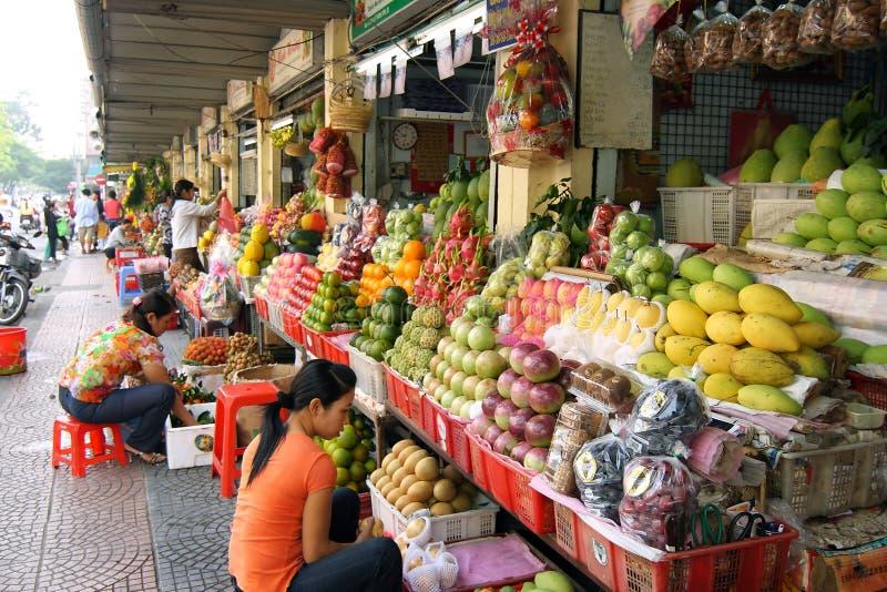 De Boxen van het fruit bij Markt