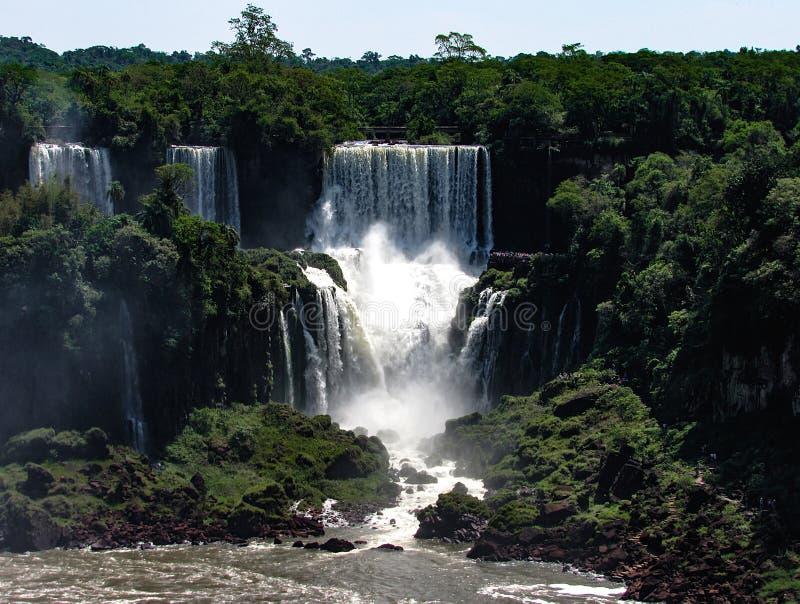 De Braziliaanse Kant van Iguazu valt, in Foz doe Iguacu, Brazilië royalty-vrije stock foto