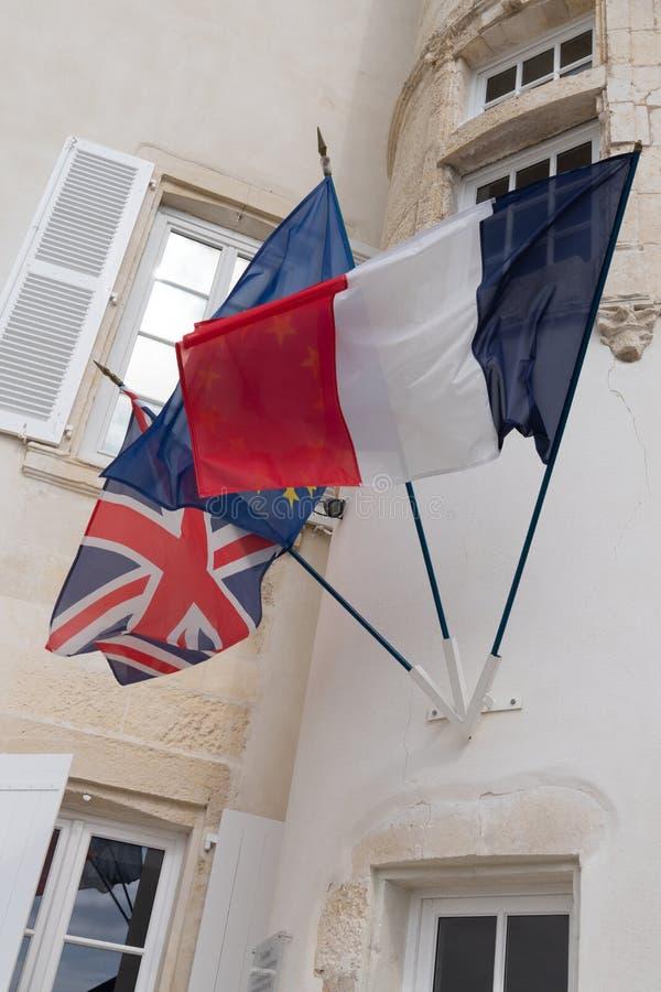 de Britse het Verenigd Koninkrijk Europese Unie EU en Franse vlaggen Brexit royalty-vrije stock foto's