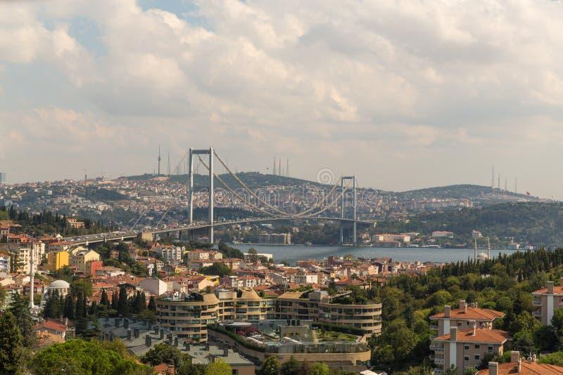De brug Bosphorus in Istanboel stock foto
