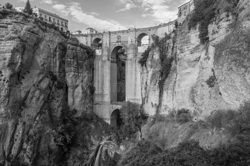 De brug over de kloof in Ronda, Andalucia, Spanje royalty-vrije stock foto's