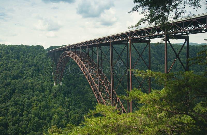 De brug over de Nieuwe Rivierkloof in West-Virginia stock fotografie