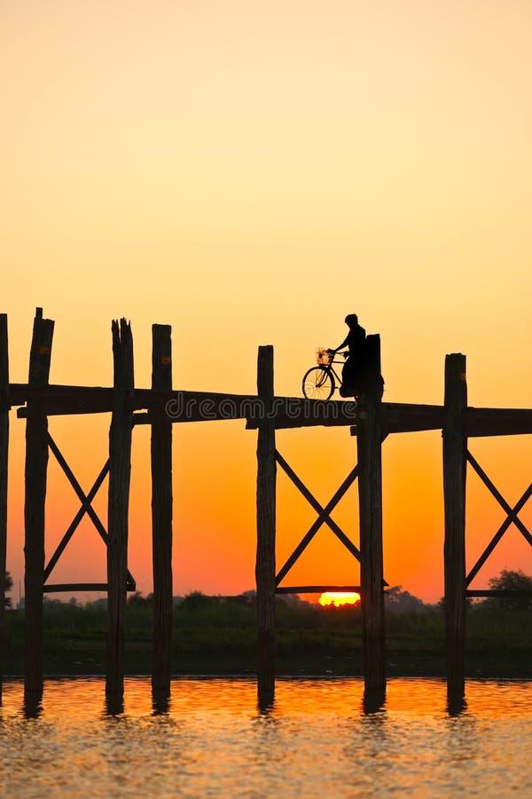 De brug van Amarapura, Myanmar. stock fotografie