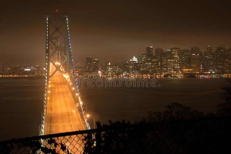 De brug van de baai in San Francisco royalty-vrije stock fotografie