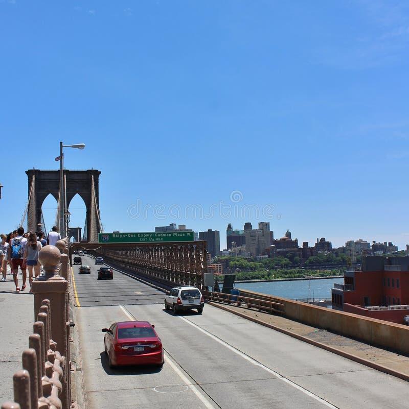 Download De Brug Van Brooklyn, New York Redactionele Foto - Afbeelding bestaande uit cycling, historisch: 54084931