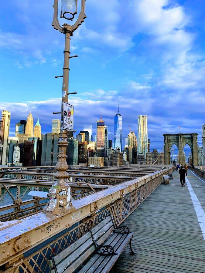 De Brug van Brooklyn in de Ochtend royalty-vrije stock afbeeldingen