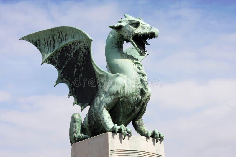 De brug van de draak in Ljubljana stock foto's