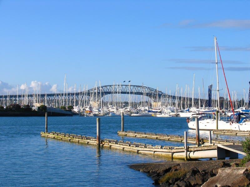 De Brug van de Haven van Auckland stock afbeelding