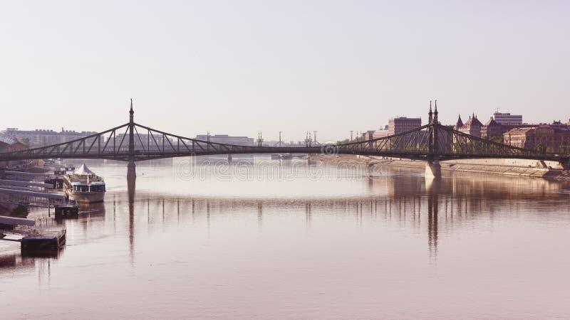 De brug van de vrijheid, Boedapest royalty-vrije stock afbeeldingen