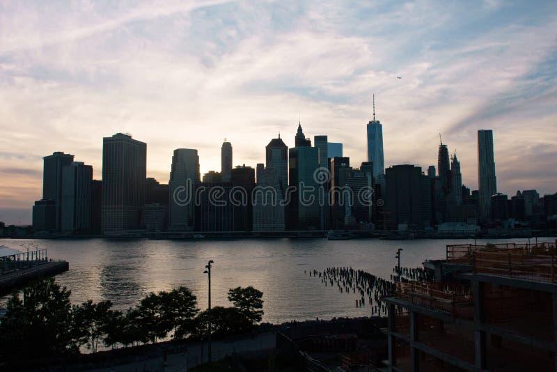 De brug van Manhattan en van Brooklyn royalty-vrije stock afbeelding