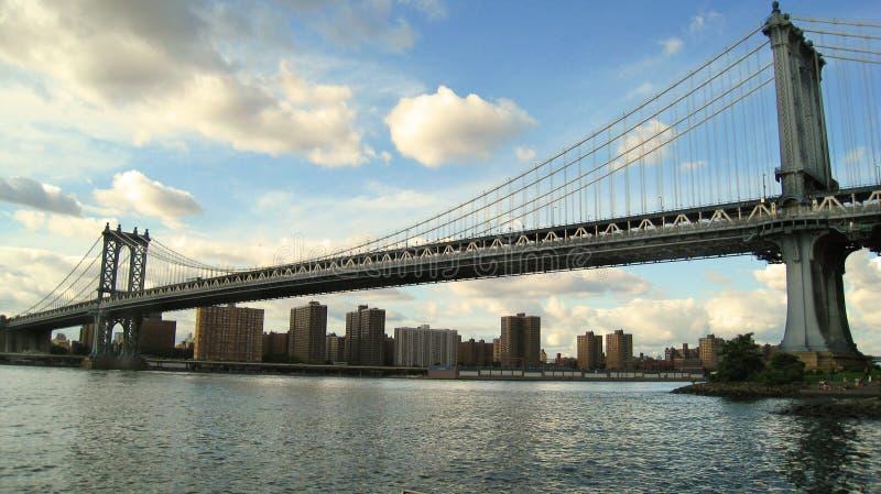 De Brug van Manhattan in New York stock foto