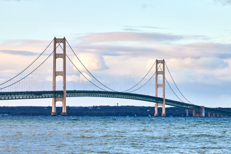 De brug van Michigan ` s Mackinac stock afbeelding