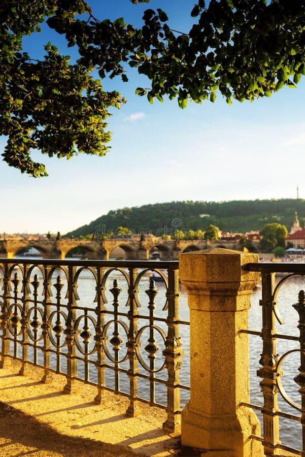 De brug van Praag royalty-vrije stock fotografie