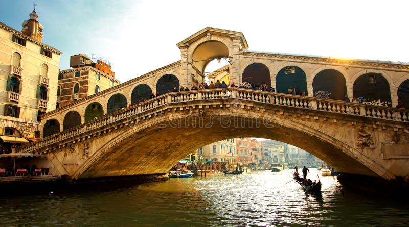 De brug van Rialto in Venetië royalty-vrije stock foto