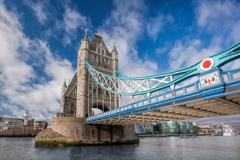 De Brug van de toren in Londen, Engeland, het UK royalty-vrije stock afbeeldingen