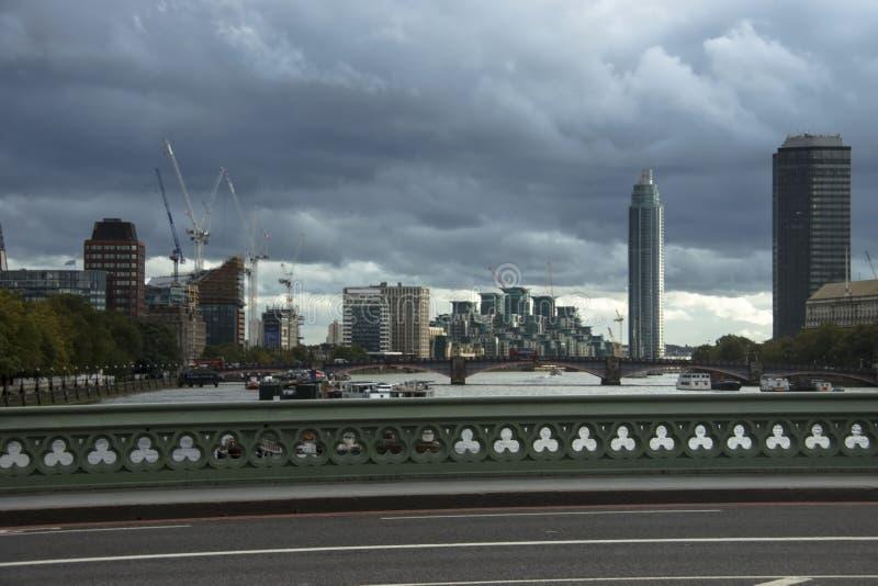 De Brug van Westminster en horizonstad Londen, Engeland, het UK royalty-vrije stock foto's