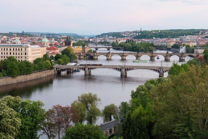 De Bruggen van Praag over Vltava-Rivier, Tsjechische Republiek royalty-vrije stock fotografie