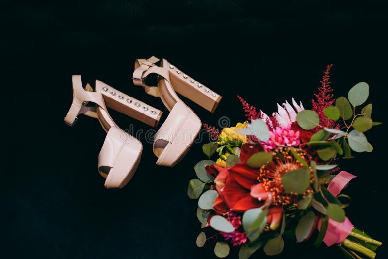 De bruidsmeisjekleding stock foto