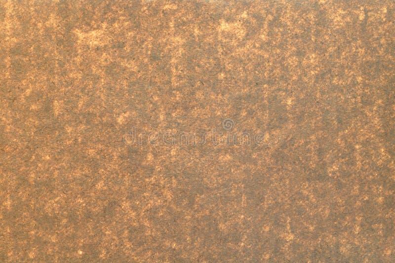 De bruine achtergrond van de kartontextuur Detail van ambachtdocument van natuurlijk materiaal wordt gemaakt dat royalty-vrije stock fotografie